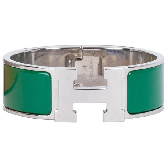 3ce99746a5782 Hermes Jewelry - Authentic ✅Hermès clic h bracelet in vert sapin PM